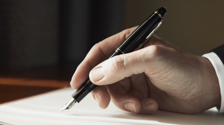 How to Do Precis Writing? Tips for the Beginners