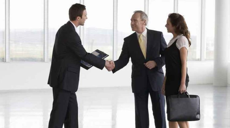 6 Holiday Duties should be Perform by Business Directors